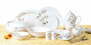 China bone china dinner set with royal design on sale