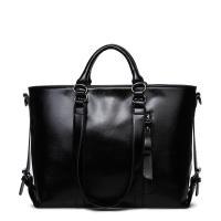 Classic Large Capacity Black Leather Shoulder Bag , Women Messenger Bags With Adjustment Buckle
