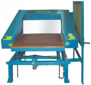 China Manual PU Foam CNC Cutting Machine For Special Shaped Slicing Foam and Sponge on sale