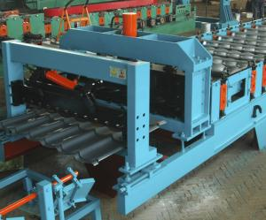 China Feeding Coil 1000 mm Galvanized Metal Roofing Panel Machine / Steel Corrugated Sheet Roll Forming Machine on sale