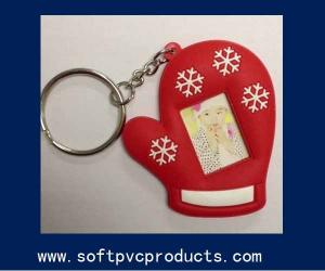 China Eco-firendly Rubber Silicone Soft PVC Picture Frame Key Chains for Promotional Gifts on sale