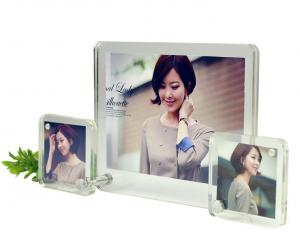 China acrylic easel photo frame on sale