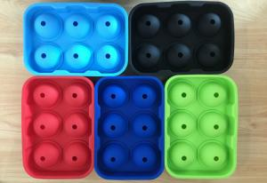 China Large Silicone Ball Shaped Ice Tray, Whiskey Cocktails Beverages Silicone Round Ice Ball Tray on sale