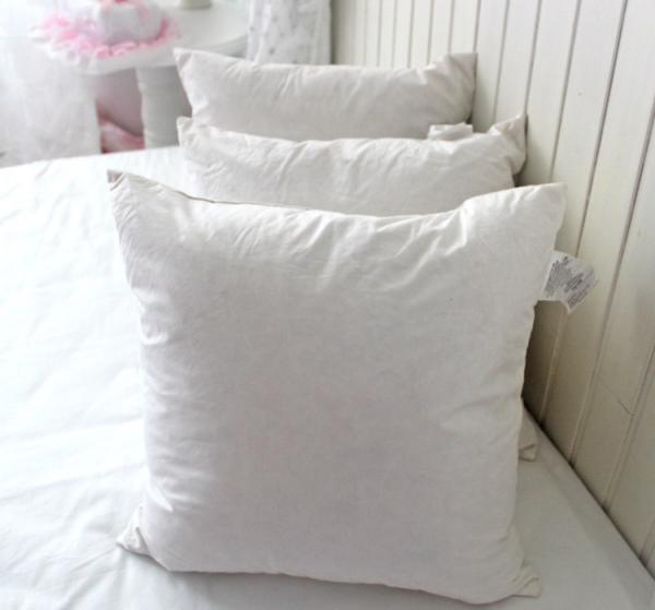 Cotton Wholesale Washable Duck Feather Cushion Inserts For Classy Decorative Pillow Inserts Wholesale