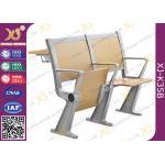 机、学校家具の講義室の椅子が付いている講堂の折られた座席