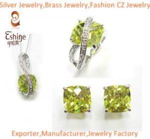 China Fantastic Sterling Silver jewelry set with cushion Peridot CZ party jewelry set wholesaler on sale