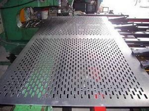 China A melhor qualidade. Folha de metal perfurada do fornecedor do ISO 9001/rede de arame de perfuração perfurada inoxidável on sale