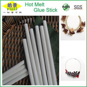 China White Hot Melt Glue Sticks / Glue Gun Sealing Wax Sticks Temperature Resistant on sale