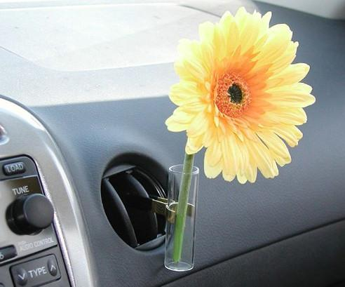 Glass Auto Vase Yellow Daisy Car Flower Vase With Univeral Metal