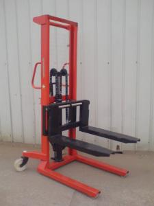 China 2.5 ton DC motor electric reach forklift on sale