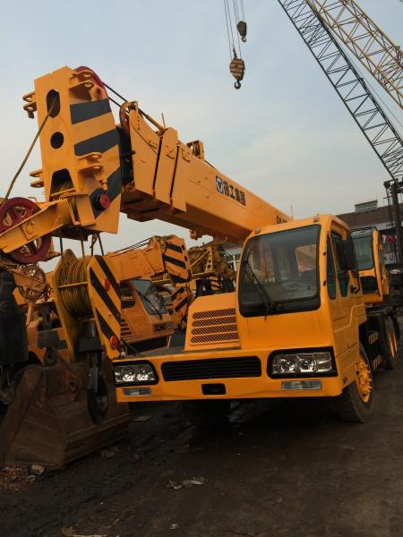 Manual Transmission 25 Ton QY25E Truck Crane From China