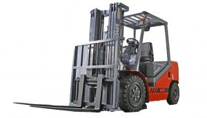 China Large Four Wheel Electric Forklift , Diesel Engine Very Narrow Aisle Forklift Trucks supplier