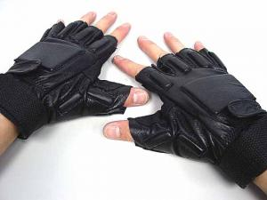 China Black Half Finger Tactical Gloves,Made By Soft Leather And Elastic Fiber on sale