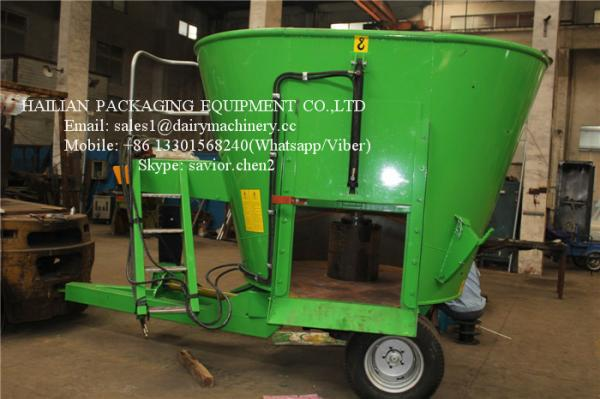Stationary Feed Mixer For Farm Animal Feeding Mixing Vertical Green