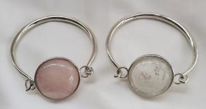 China Rhodium Plating Silver Round Rose Quartz Stone Bangle Bracelet With Cutom Design on sale