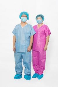 China S-XXL Disposable Scrub Suits Waterproof Round Neck Long Pants Protection on sale