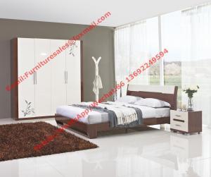 China Presupueste los muebles del hotel en deisgn moderno por la cama del panel y el guardarropa de las puertas en alto brillante on sale