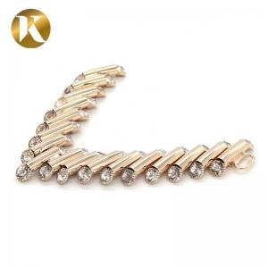 China V Shape Classic Antique Shoe Clips 75mm*95mm With Customization Service on sale
