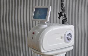 China Portable Co2 Fractional Medical Laser Machine For Face Wrinkle Removal ( 30W RF tube ) on sale