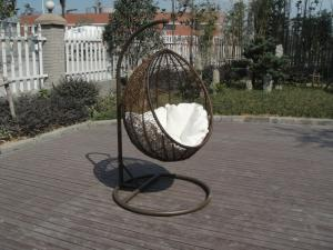 China Excellent Contemporary Outdoor Rattan Furniture Swing Chair For Cafe on sale