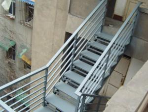 China Strong Industrial Building Space Saving Steel Stair Construction For Home Easy Installation on sale
