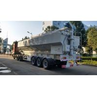2018s best price CLW brand 40-60m3 poultry feed semitrailer for sale, factory direct price farm-oriented feed trailer
