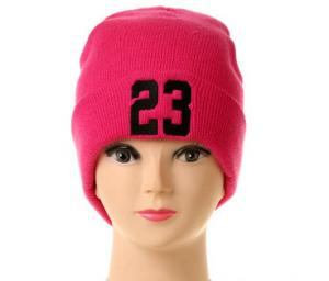 China Red Comfortable Oversized Knit Beanie Hats 100% Cashmere Material on sale