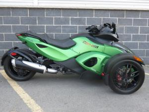 1000cc Can Am 3 Wheel Motorcycle , V - Twin 2 Front Wheel Motorcycle