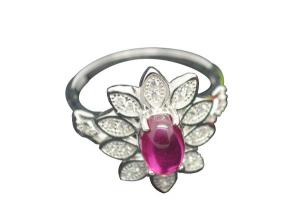 China Flower King 925 Sterling Silver Rings With Clear Petal And Red Zircon For Women on sale