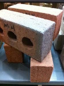 China Construction Building Materials Common Clay Bricks Sandblast Face With 3 Holes on sale