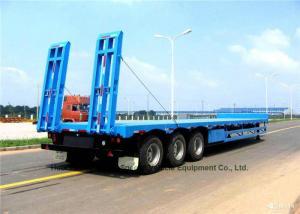China Tri Axle Gooseneck Flatbed Trailer , Lowboy Semi Trailer 12 Wheeler 60 Ton on sale