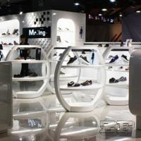 China Beautiful retail lady shoe shop design with customized size on sale