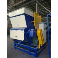 China Woven Bag Single Shaft Shredder Double Roller Crusher Hydralic Pushing System on sale