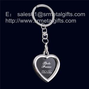 China Metal heart shape picture locket key rings, heart shaped picture frame locket key tags, on sale