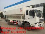 農場指向の鶏、牛、販売のためのブタの養鶏場の供給によって運ばれるトラック、油圧装置の供給の配達用トラック