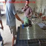 stair treads steel grating/grating steel structural/metal slot drainage cover steel grating/32 x 5mm grating