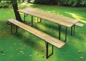 China Natural Fir Wooden Beer Table Set With Foldable Legs Bar Table on sale