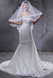 China Customized Strapless A Line Lace Beach Wedding Bridal Gown With Veil , Court Train Style on sale