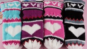 China 2017 Yiwu Wholesale Stock Keep Warm High Quality Hands Fashion winter Soft Knitted kids Glove & Mittens on sale