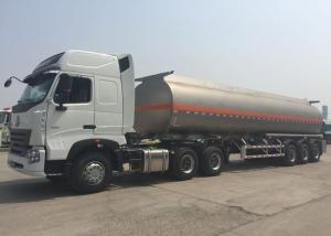 China Large Capacity Diesel Semi Trailer Fuel Tanker Truck Tri - Axle 50 - 80 Tons on sale