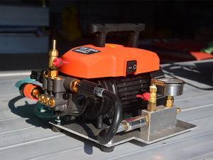 China Lightweight Conveyor Belt Vulcanizing Tools Mini Electric Water Pump on sale