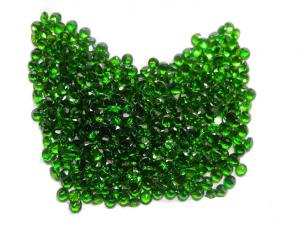 China 0.0065cts Untreated Round Green Chrome Diopside With AAA Grade on sale