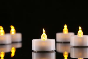 China Battery Operated Tea Led Candle Light 3.8cm Diameter 1.5inch Height For Gift on sale