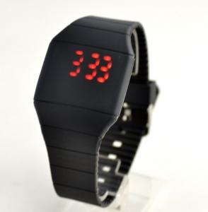 China Touch Screen Watch Blinking Silicone Wristband Watch With Custom Logo on sale