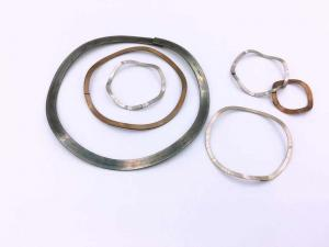 China Single Layer Single Turn Wave Spring Washer Wave Disc Spring Stainless Steel supplier