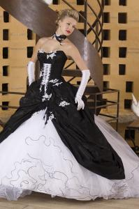 China White & Black Strapless Organza Ball Gown Wedding Dress With Lace on sale