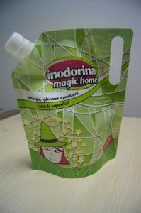 China Green Drink Spout Pouch Packaging Die Cut Handle for LIquid Packaging on sale