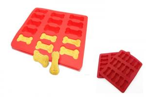 China Red Homemade Silicone Ice Cube Trays Dog Bone Baking Molds For Cute Dog Treats on sale