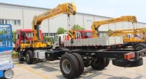 China Sinotruk Xcmg 25 Tons Truck Mounted Crane 6X4 ZF 8098 Hydraulic Steering With Power Assistance on sale
