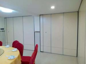 China Sliding Movable Office Acoustic Room Dividers with Aluminium Track Melamine Surface on sale